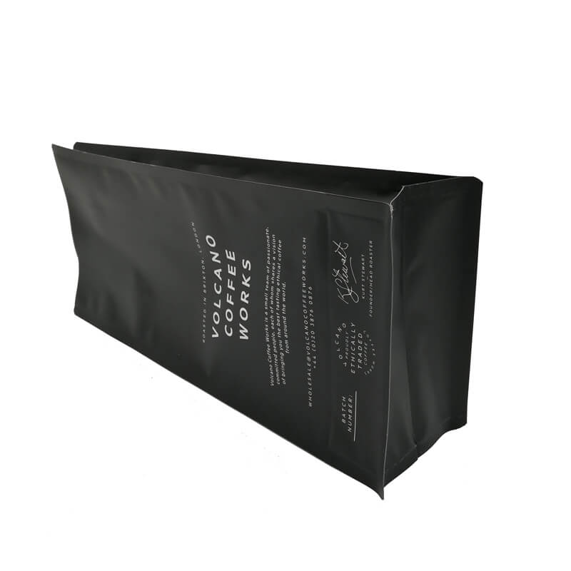 3.Creative design gusset bags with biodegradable air valve (1)